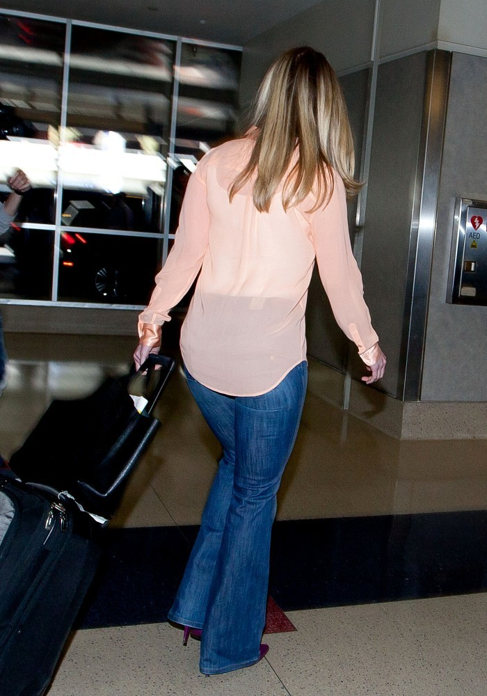 More Pics Of Chelsea Clinton Classic Jeans 15 Of 22