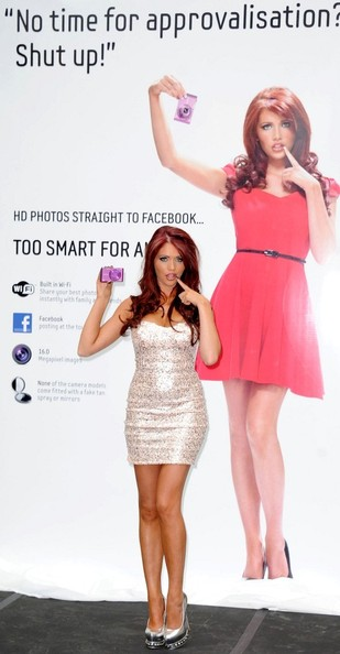More Pics of Amy Childs Dark Nail Polish (4 of 7) - Amy Childs Lookbook - StyleBistro