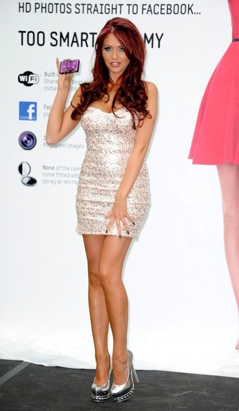 More Pics of Amy Childs Dark Nail Polish (5 of 7) - Amy Childs Lookbook - StyleBistro
