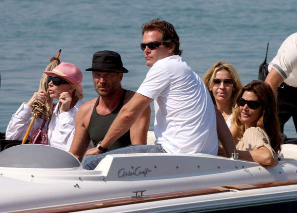 Cindy Crawford and Rande Gerber Leave From Nice Airport