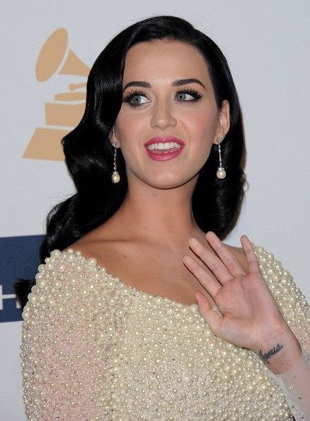 More Pics of Katy Perry Beaded Dress (1 of 9) - Dresses & Skirts Lookbook - StyleBistro