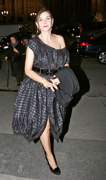 Clotilde Courau Off-the-Shoulder Dress []