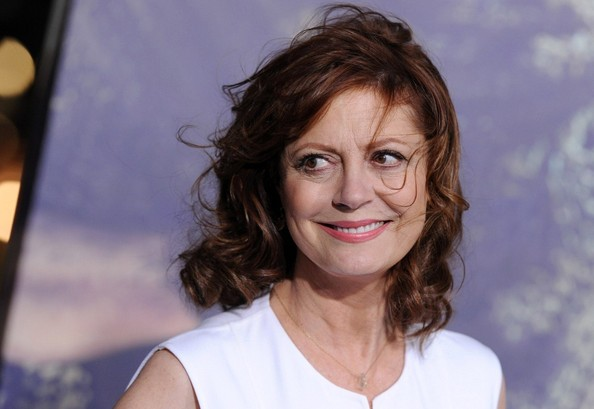 More Pics of Susan Sarandon Medium Wavy Cut with Bangs (1 of 12) - Medium Wavy Cut with Bangs Lookbook - StyleBistro