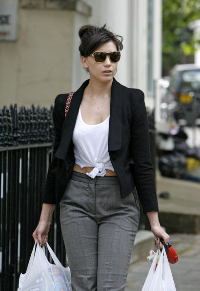 Daisy Lowe Square Sunglasses []