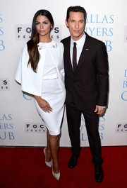 Camila Alves looked stunning in a retro white Paule Ka cocktail dress with a matching cape during the 'Dallas Buyers Club' premiere.