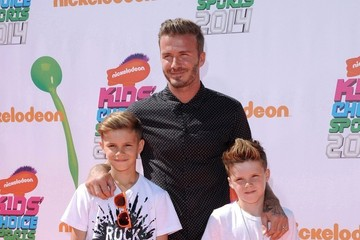 David Beckham Cruz Beckham Arrivals at the Nickelodeon's Kids' Choice Sports
