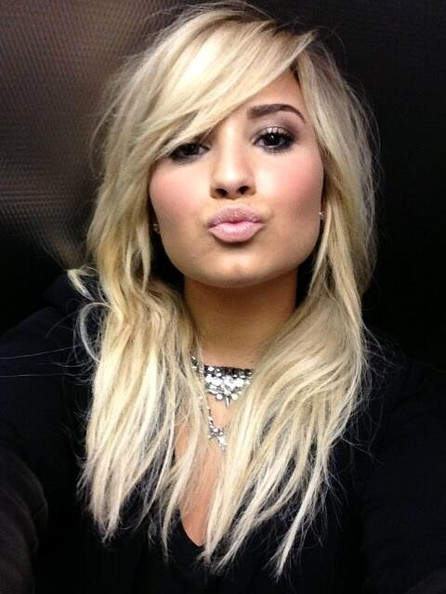 Demi Lovato Layered Cut