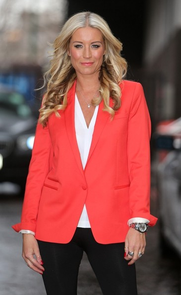 More Pics of Denise van Outen Leggings (1 of 16) - Denise van Outen Lookbook - StyleBistro
