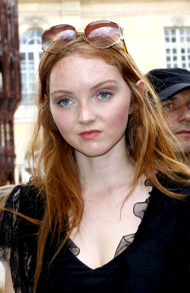 More Pics of Lily Cole Oval Sunglasses (1 of 4) - Lily Cole Lookbook - StyleBistro