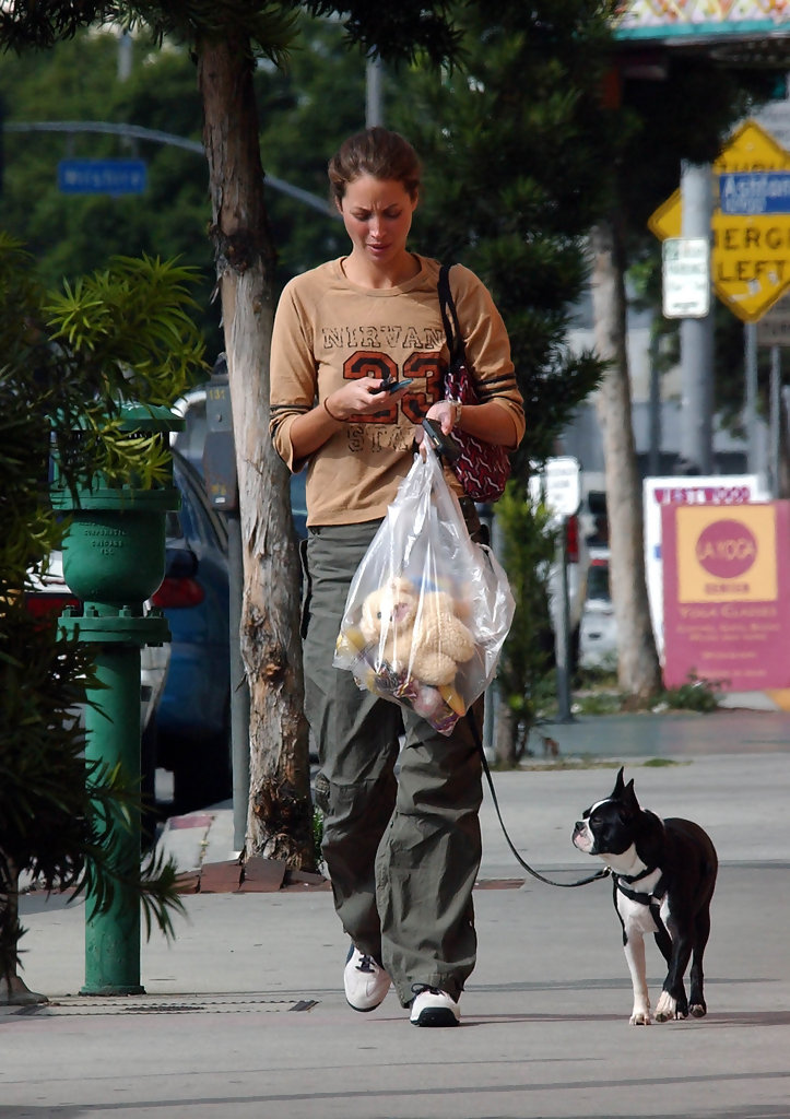 Christy Turlington 2002 20 Street Style Shots From The