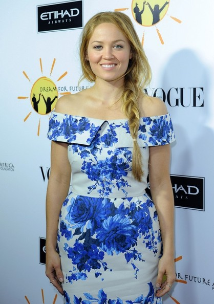 More Pics of Erika Christensen Pumps (1 of 4) - Erika Christensen Lookbook - StyleBistro