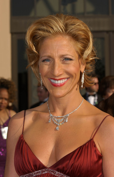Edie Falco Short Wavy Cut []
