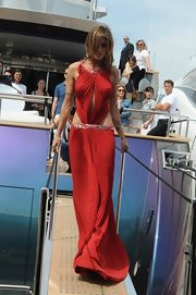 Elisabetta looked dramatic at Cannes in a red pleated evening gown.