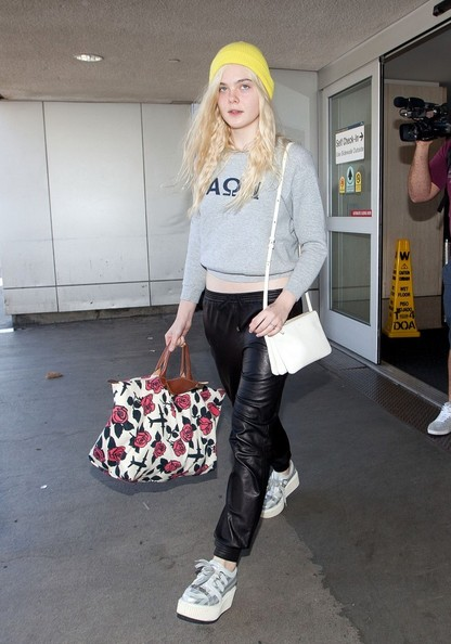 More Pics of Elle Fanning Sweatshirt (5 of 12) - Elle Fanning Lookbook - StyleBistro