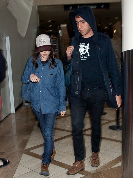 More Pics of Ellen Page Denim Shirt (3 of 7) - Ellen Page Lookbook - StyleBistro