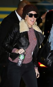 Ellie Goulding showed she's a total rocker gal with this black bomber jacket with a fur collar.
