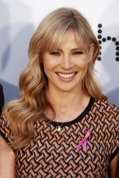 Elsa Pataky Long Wavy Cut with Bangs