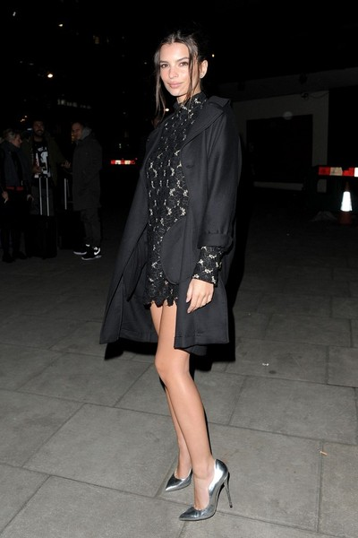 Emily Ratajkowski Evening Pumps []
