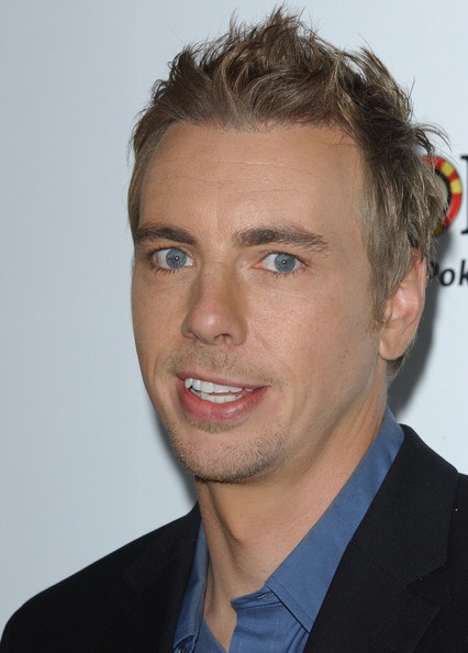 Dax Shepard sported a short spiked 'do at the 'Employee of the Month' premiere.