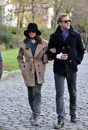 Eva Mendes enjoyed some down time with beau Ryan Gosling in a classic camel coat with an oversize shawl collar.