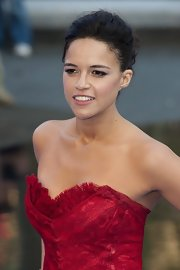 Michelle Rodriguez rocked a lovely updo at the premiere of 'Fast & Furious 6' in London.