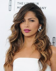 Camila Alves' berry lipstick provided just the right pop of color to her look.