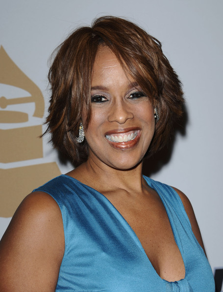 Gayle King Layered Razor Cut []