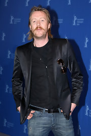 Rhys Ifans mix-and-matched two classics for the 'Greenberg' photocall: a black satin blazer and blue jeans.