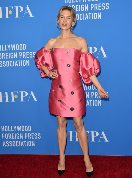 Renee Zellweger was sweet and elegant in an embellished pink off-the-shoulder dress by Lela Rose at the 2019 HFPA Grants Banquet.