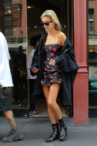 Hailey Baldwin Oversized Jacket