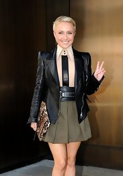 Hayden looked so sharp in her blazer and leopard envelope clutch.