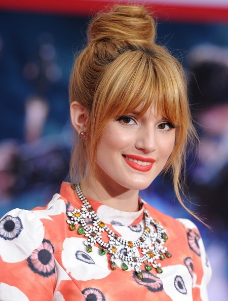 More Pics of Bella Thorne Red Lipstick (1 of 6) - Red Lipstick Lookbook - StyleBistro