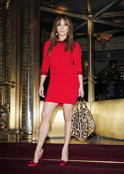More Pics of Jennifer Lopez Leather Hobo Bag (1 of 3) - Jennifer Lopez Lookbook - StyleBistro