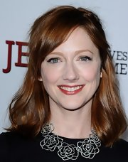 Judy Greer attended the premiere of 'Jeff Who Lives at Home' wearing a soft sparkling warm berry shade of lipstick.