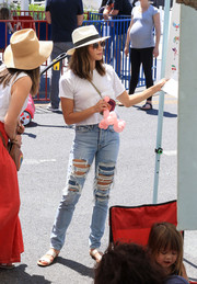 Jenna Dewan-Tatum rounded out her look with a pair of double-strap slides.