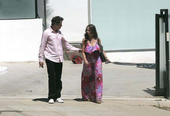 Pink isn't just for girls anymore! Funny guy Jamie Kennedy was spotted in a soft pink button down while strolling with his girlfriend.