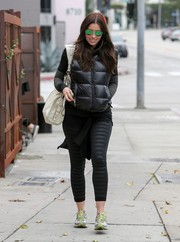 Jessica Biel kept it casual and sporty in striped black leggings.