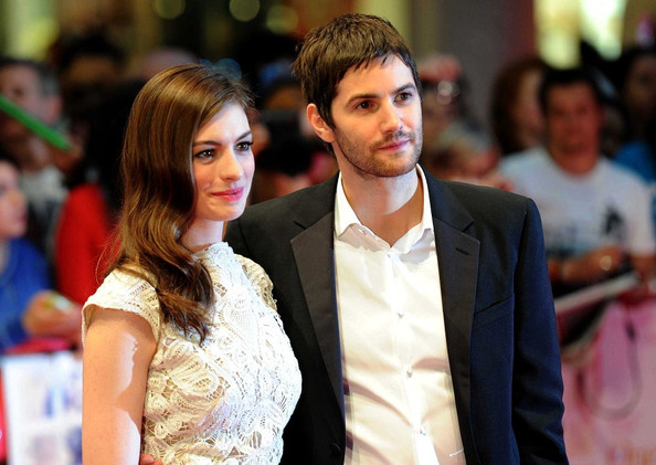 Anne Hathaway and Jim Sturgess on the Red Carpet