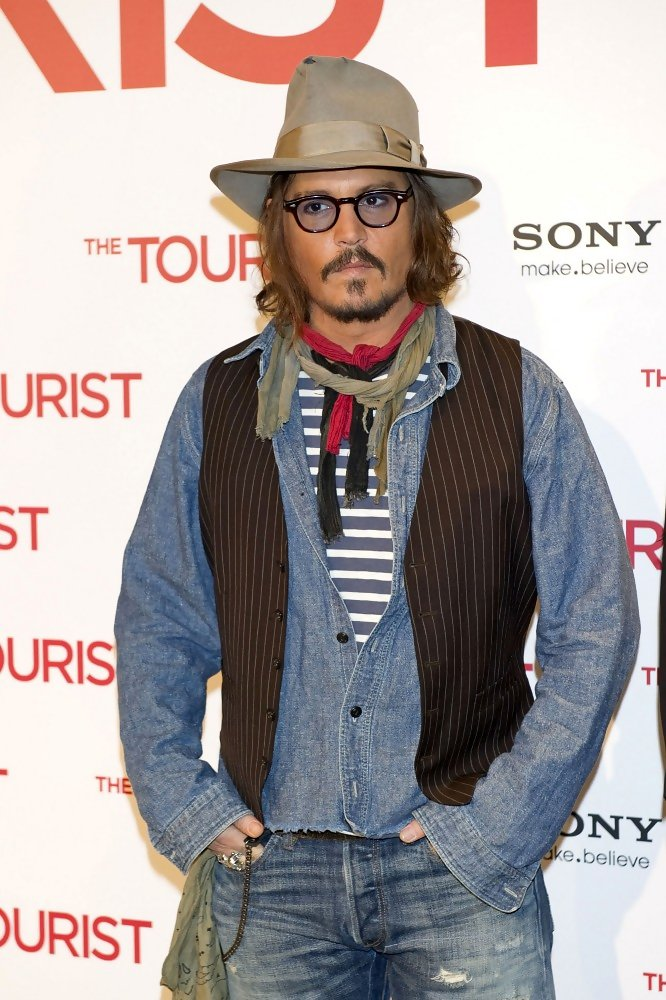 More Pics Of Johnny Depp Ripped Jeans 5 Of 10 Johnny
