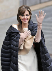 Angelina Jolie wore nude gloves on set for 'The Tourist' filming in Venice.