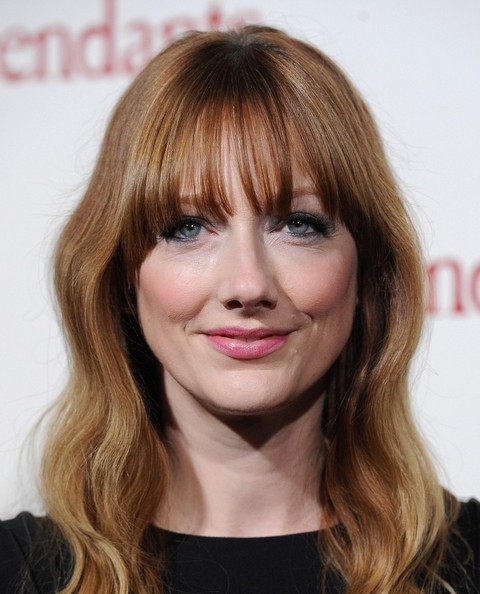 Judy Greer Long Wavy Cut with Bangs