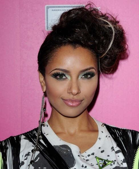 Kat Graham Dangling Chain Earrings