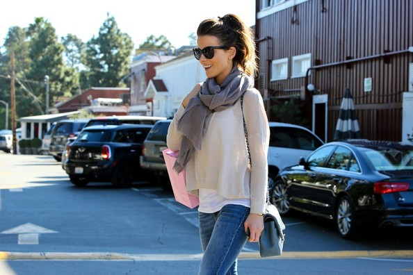 More Pics of Kate Beckinsale Solid Scarf (2 of 14) - Solid Scarf Lookbook - StyleBistro