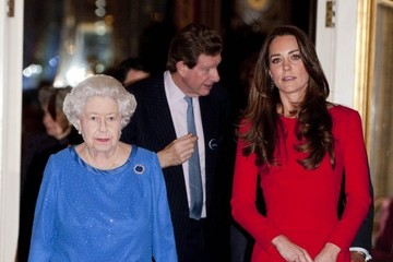 Kate Middleton Queen Elizabeth II The Reception for the Dramatic Arts