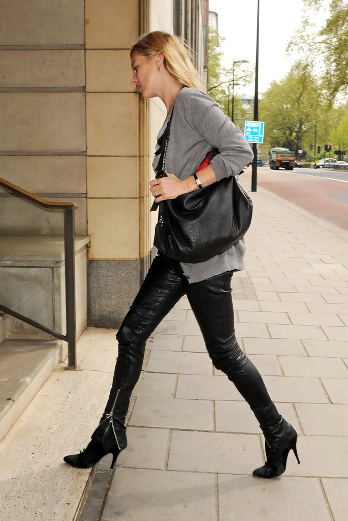 Kate Moss Ankle Boots Kate Moss Looks Stylebistro