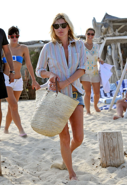 Lily Allen, Kate Moss and Lila Grace on the Beach