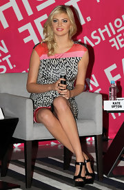Kate Upton topped off her printed dress with black T-strap platform sandals.