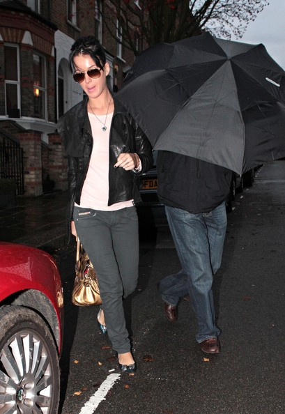 More Pics of Katy Perry Aviator Sunglasses (1 of 6) - Aviator Sunglasses Lookbook - StyleBistro