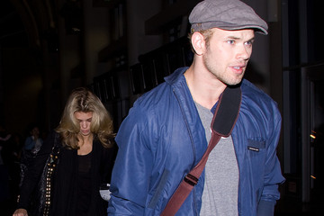 AnnaLynne McCord Kellan Lutz Kellan Lutz and Annalynne McCord at LAX