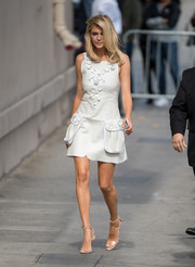 Kelly Rohrbach looked adorable in a flower-appliqued pale-blue mini dress by Fendi during her appearance on 'Kimmel.'